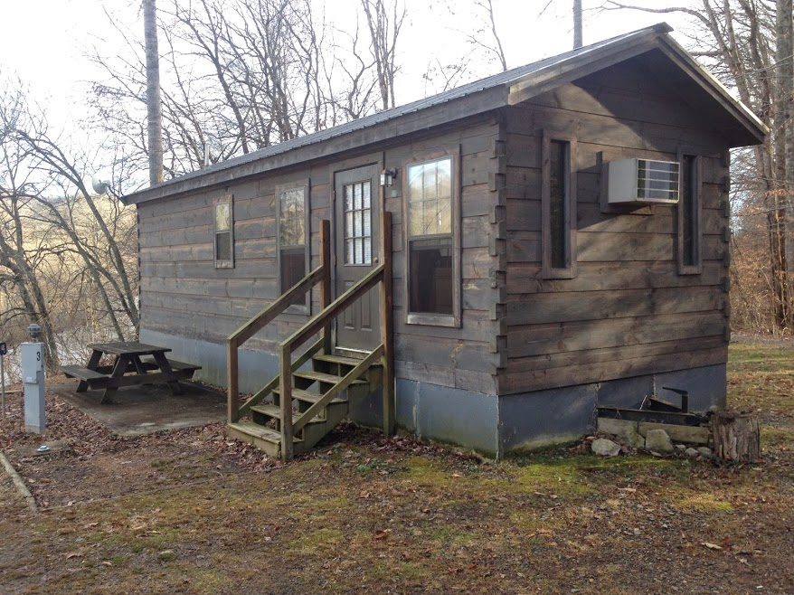 Minnow Cabin Front