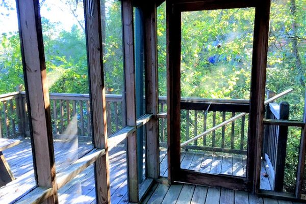 Otter Screened Porch 2